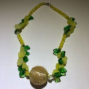 Vintage beaded flower & leaves glass necklace